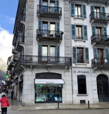Boutique de luxe Moncler Chamonix